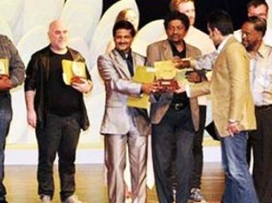 যৌথ চলচ্চিত্র প্রযোজনার কথা বললেন বাংলাদেশ মন্ত্রী