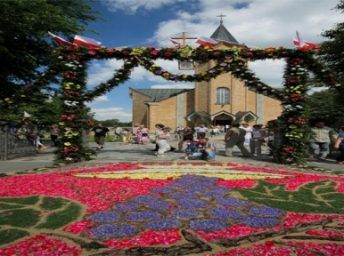 Poland to celebrate Feast of Corpus Christi adorned with flowers