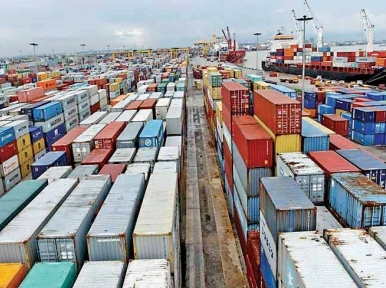 Chittagong port touches new record