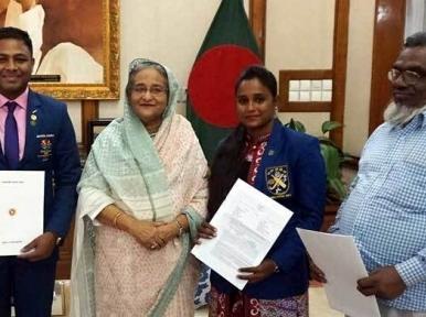 Flats given to three Bangladeshi sports personalities