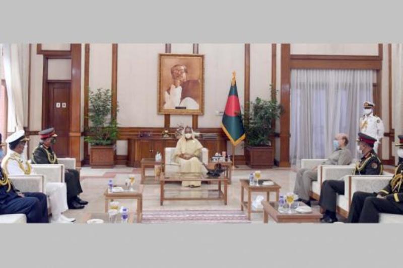 Three Army chief meet Sheikh Hasina