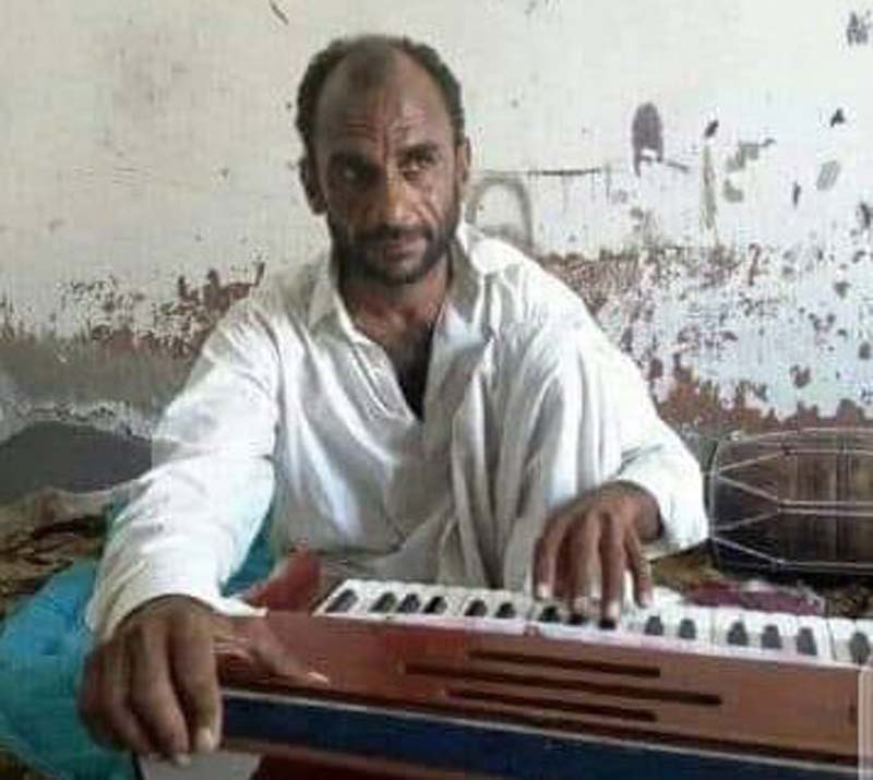 Pakistan: Unknown gunmen kill Balochi language singer Hanif Chamrok