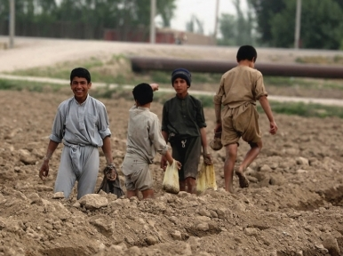 Coronavirus casts 'huge shadow' over Afghan life as multi-dimensional crisis continues