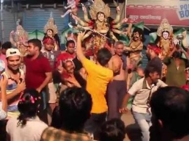 Bijoya Dasami: Hindu community to bid adieu to Durga idols today