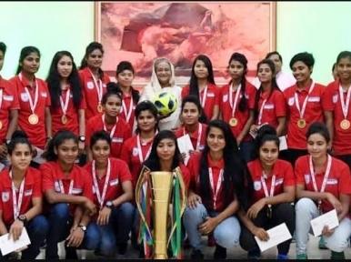 Bangladesh footballers wish Sheikh Hasina on her birthday