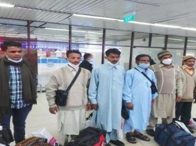 Bangladeshis imprisoned in Pakistan return home