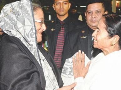 PM Hasina sends gifts for West Bengal CM Mamata Banerjee ahead of Durga Puja