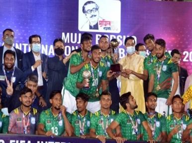 Football: Bangladesh win 2-match series 1-0 against Nepal