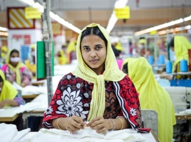 Garment exports exceeds $8 billion