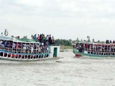 Naval traffic stopped at Kathalbari-Shimulia as Padma swells
