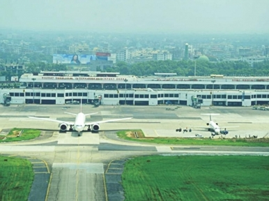 Two flights escapes accident in Dhaka airport