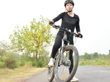 Pakistan: Woman cyclist Samar Khan alleges she faced harassment in Islamabad