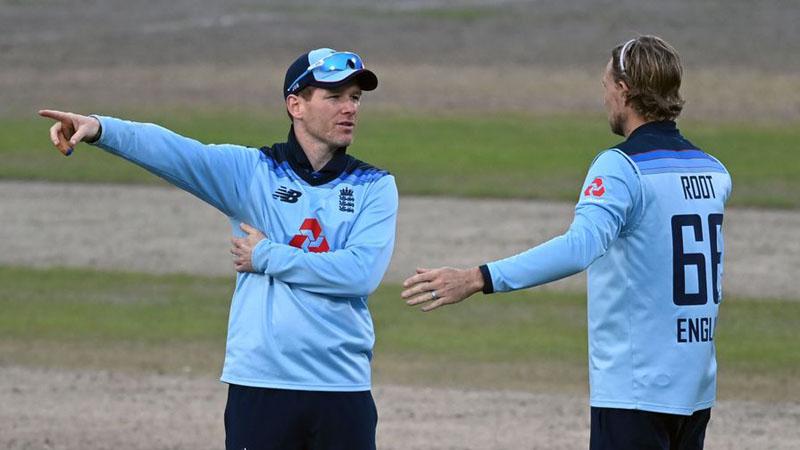 English cricket team invited to tour Pakistan next year