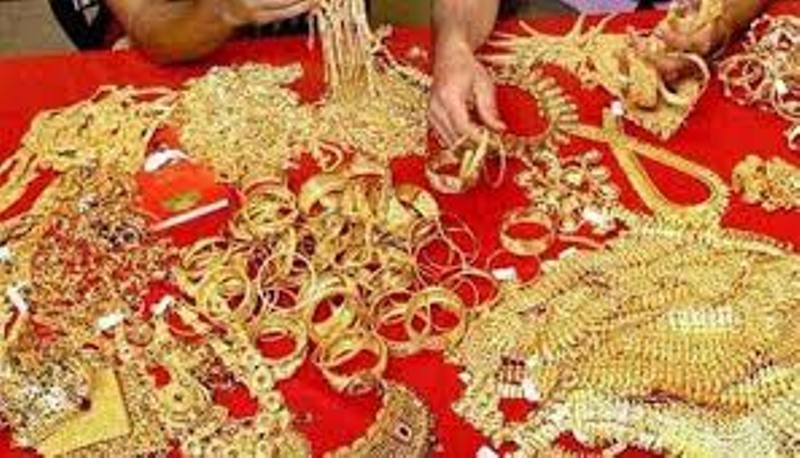 Bangladesh allows imports of gold ornaments