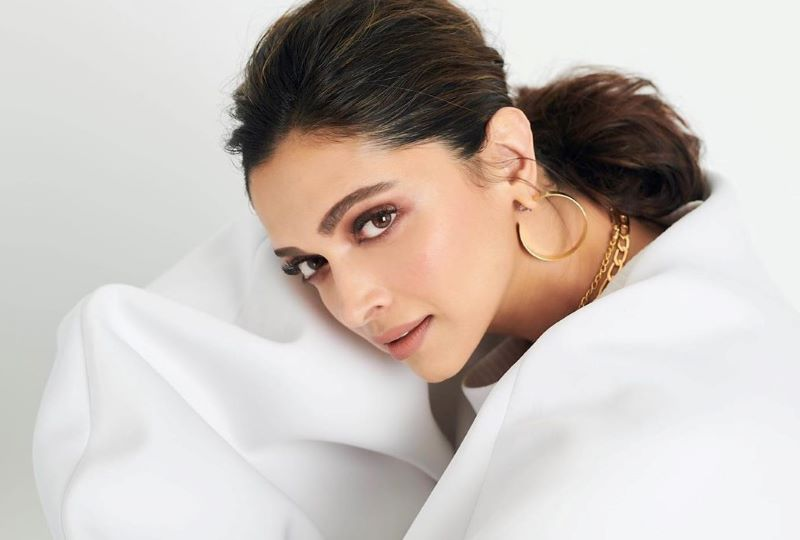 Deepika Padukone calls out troll for abusing her on social media