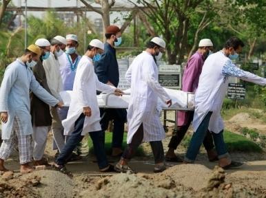 Coronavirus kills 215 people in a day across Bangladesh