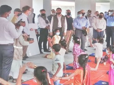 Bangladesh: A group of 10 heads of missions visited Rohingyas camp in Bhashanchar