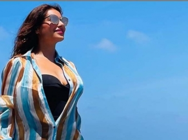Bipasha Basu holidays in Maldives