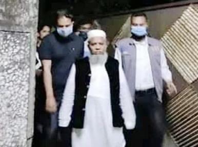 Nabbed Hefazat leader Shahinur Pasha maintained contact with BNP's Tareq Rahman