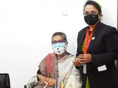 Covid-19: PM Hasina's sister Sheikh Rehana gets vaccinated