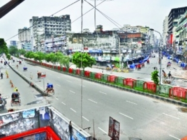 Dhaka roads empty as people flock to countryside for Eid