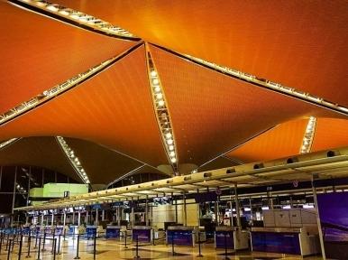 Coronavirus: Malaysia bans Bangladeshi travellers