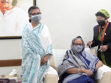 PM Sheikh Hasina takes COVID-19 vaccine