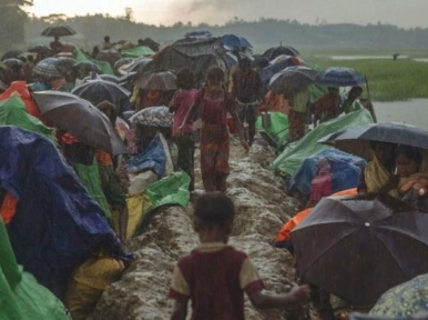 Bangladesh bolstering border to stop influx of Rohingya as Military take charge