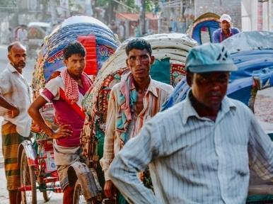 Lockdown: Rickshaws ruling empty roads