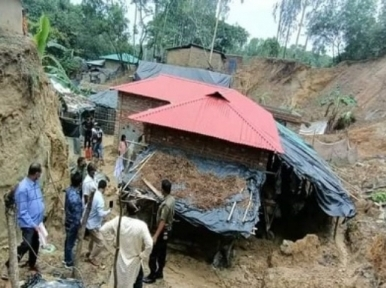 Six Rohingyas among eight killed in Cox's Bazar landslide