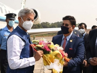 Indian Foreign Minister on a one-day visit to Dhaka