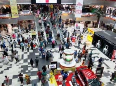 Shopping mall-trade stalls to remain open