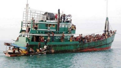 Indian Coast Guard rescue 81 Rohingyas stranded in sea, want to send back to Bangladesh