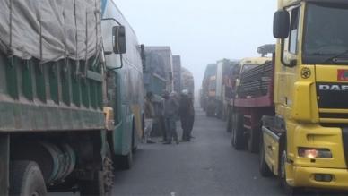 40 km traffic jam on both sides of Bangabandhu Bridge