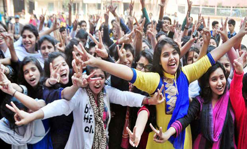 100 percent of candidates clear HSC exam