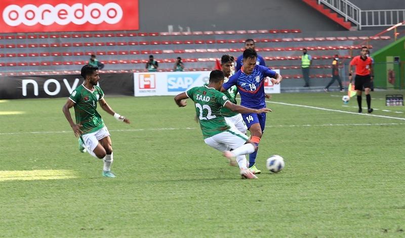SAFF Championship: 10-men Bangladesh hold India for 1-1 draw