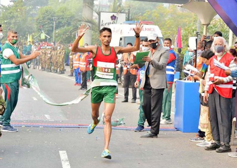 200 runners from home and abroad took part in the Bangabandhu Marathon