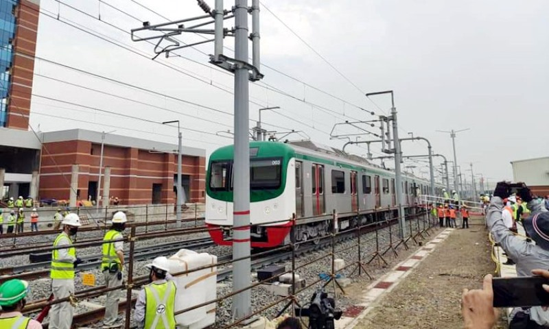Uttara-Agargaon section of the Metrorail will be launched next June