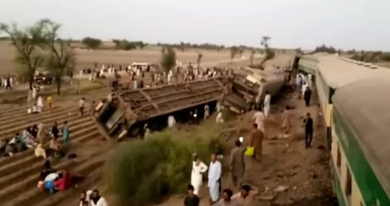 Pakistan: 30 killed, 50 injured as two passenger trains collide in Sindh