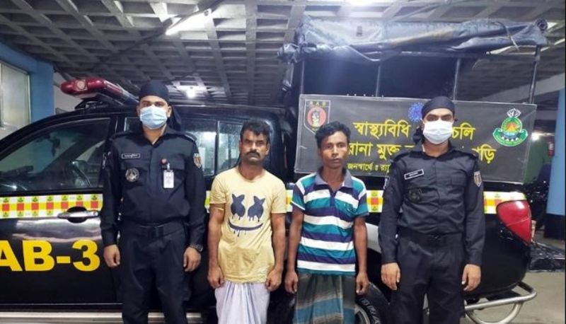 Two youths arrested with foreign weapons in Shyampur