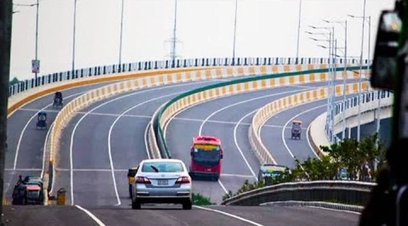 Country's first super expressway opens new horizon