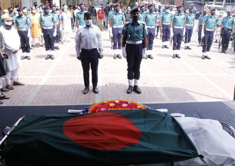 Legendary actress Kabari laid to rest