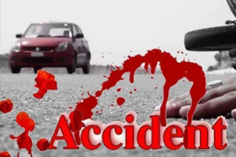 5 killed in bus-truck collision in Sirajganj