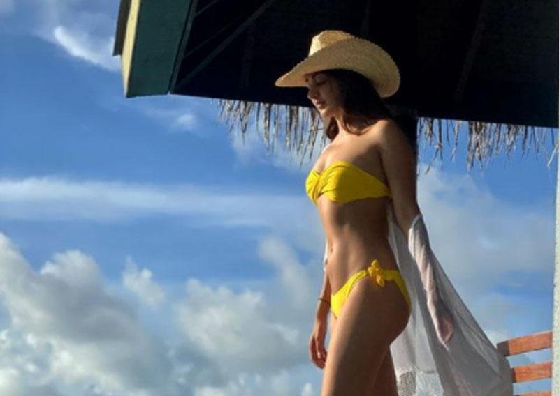 Kiara Advani is missing her 'dear bikini bod', sets Instagram on fire with latest image