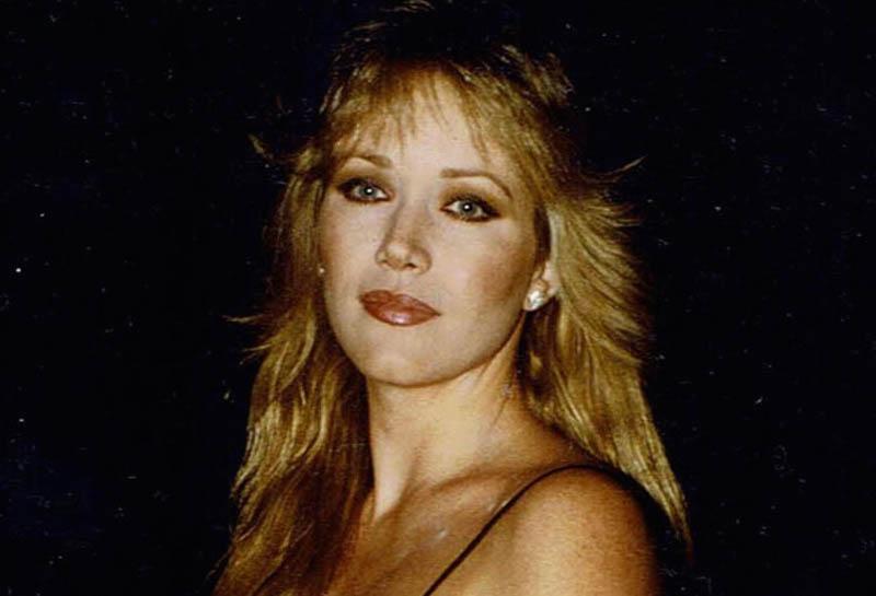 Bond Girl Tanya Roberts dies at 65