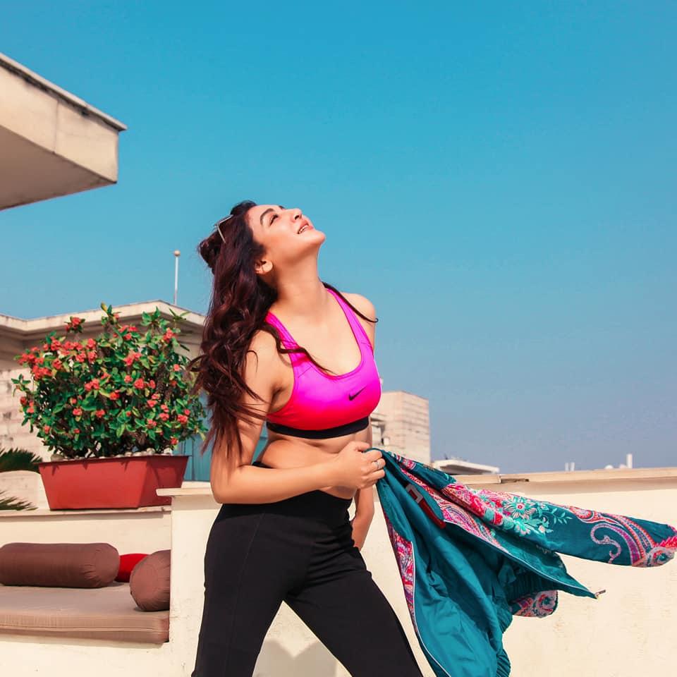 Jaya Ahsan stuns in Pink and Black